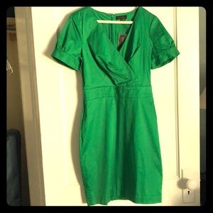 Emerald green short sleeved dress with pockets